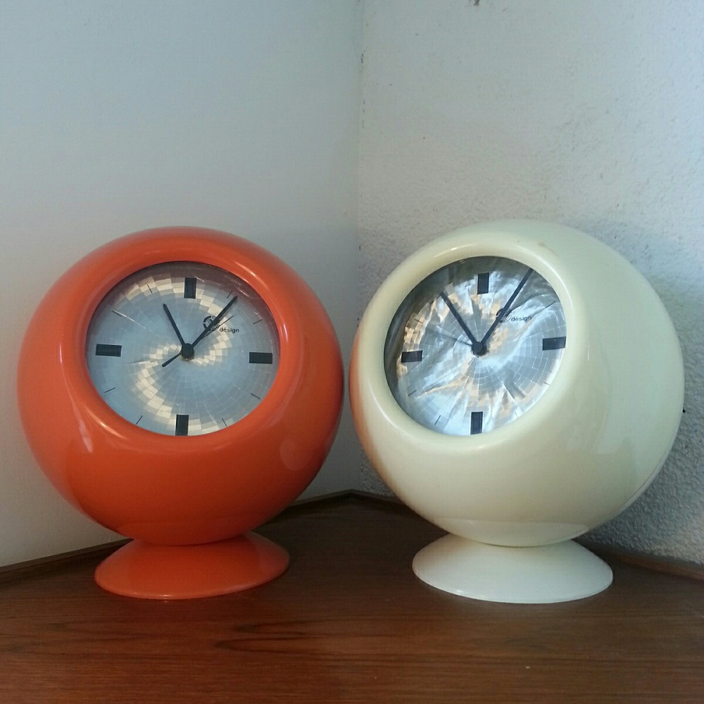 Imposantes horloges boules