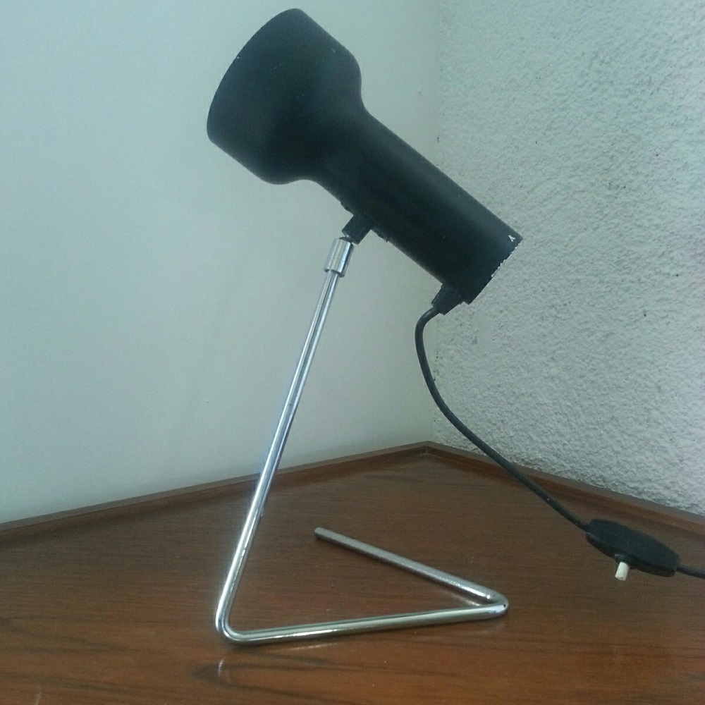 lampe rotule pied triangulaire (1)