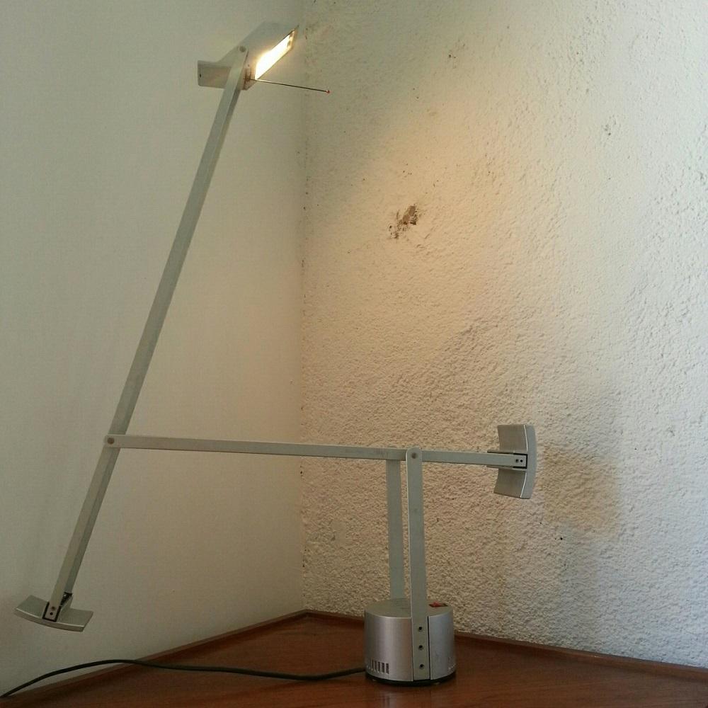 lampe tizio artemide grise (3)