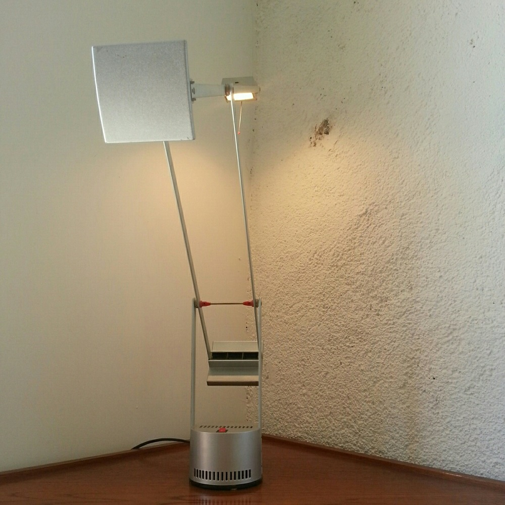 lampe tizio artemide grise (7)
