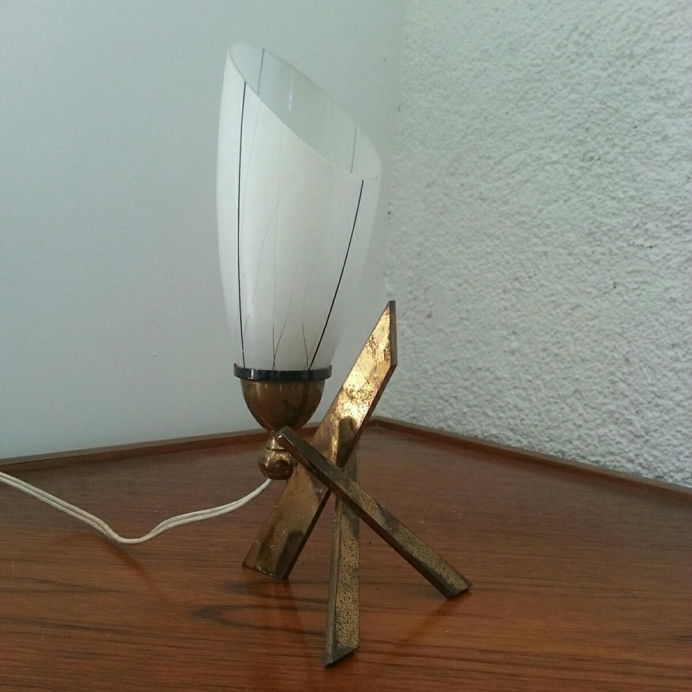 Lampe tripode X piétement en laiton