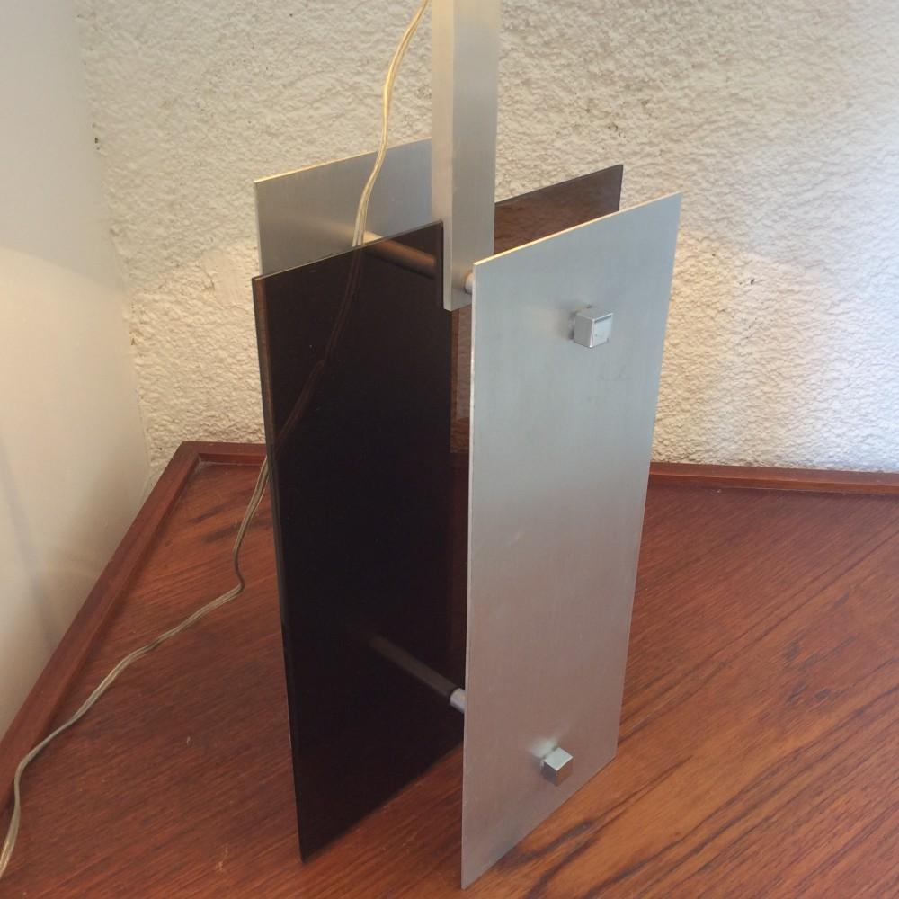 lampe plexi fumé et aluminium (4)