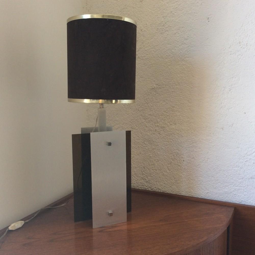 lampe plexi fumé et aluminium (5)