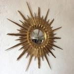 Miroir sorcière soleil bombé bois doré