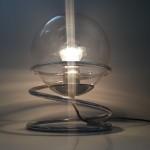 Lampe boule à spirale chromée