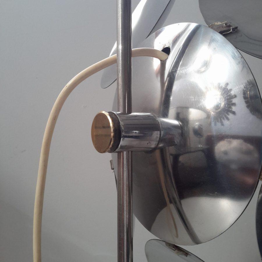 lampe-fleur-chromee-reggiani-5