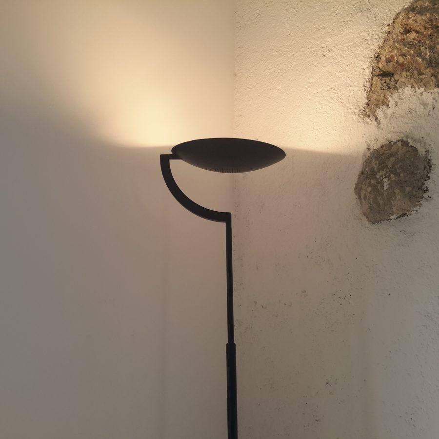 lampadaire-noir-style-memphis-4