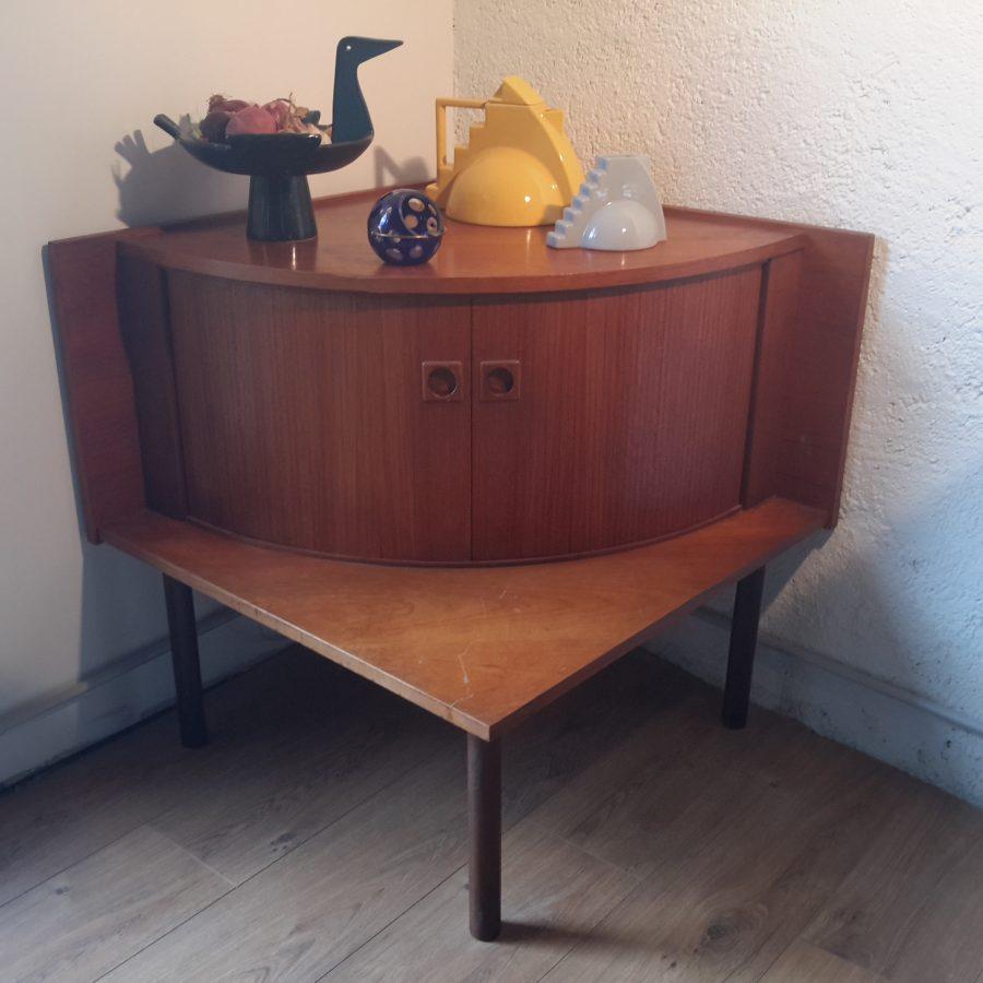 meuble-dangle-bar-scandinave-4