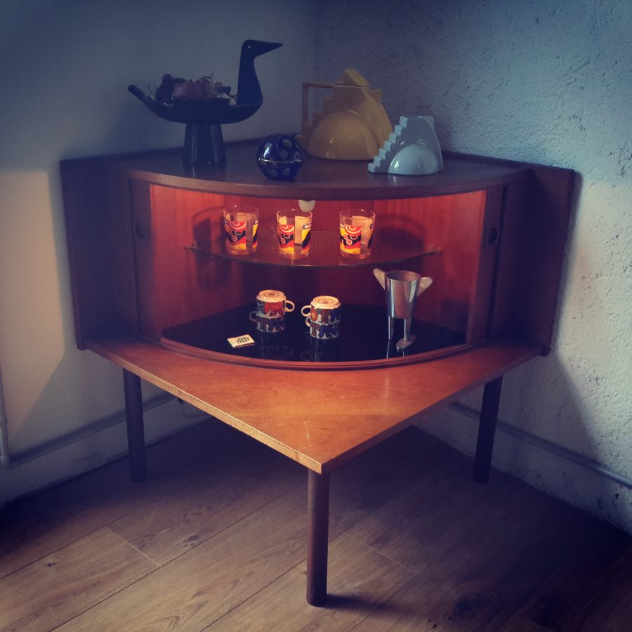 meuble-dangle-bar-scandinave-8