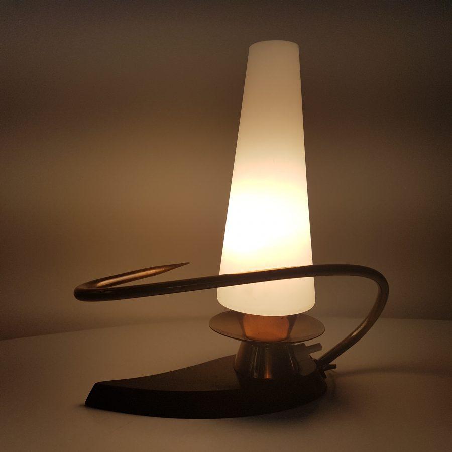 petite lampe arlus forme libre (1)
