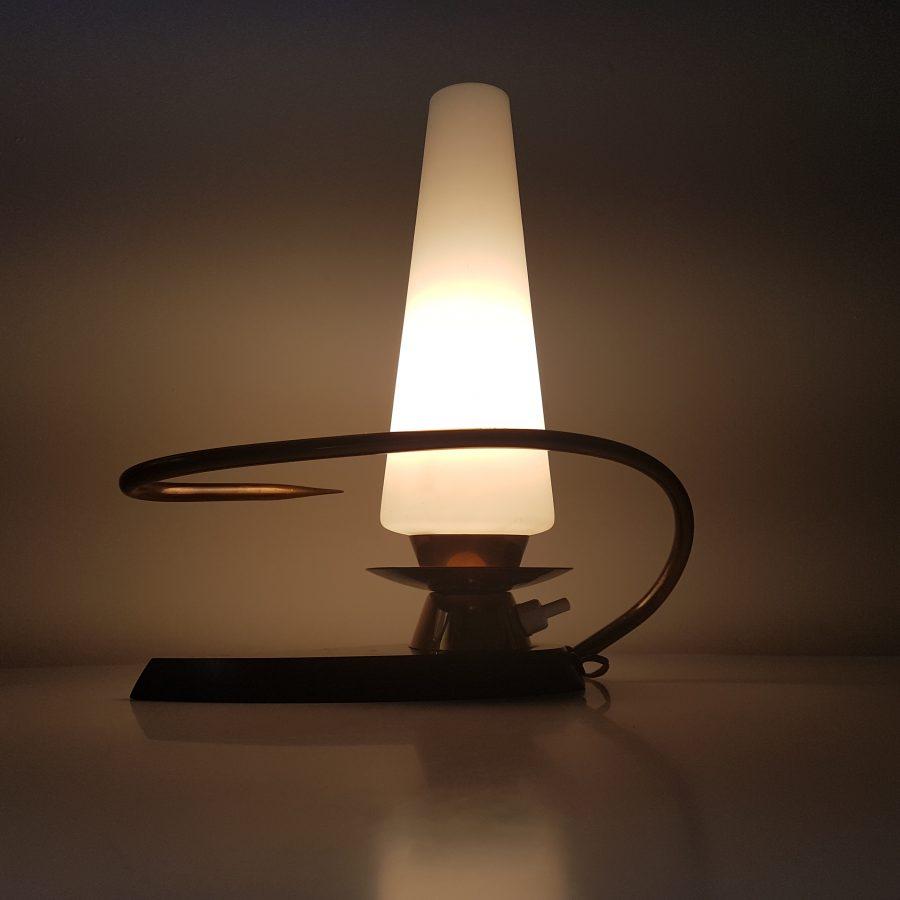 petite lampe arlus forme libre (2)