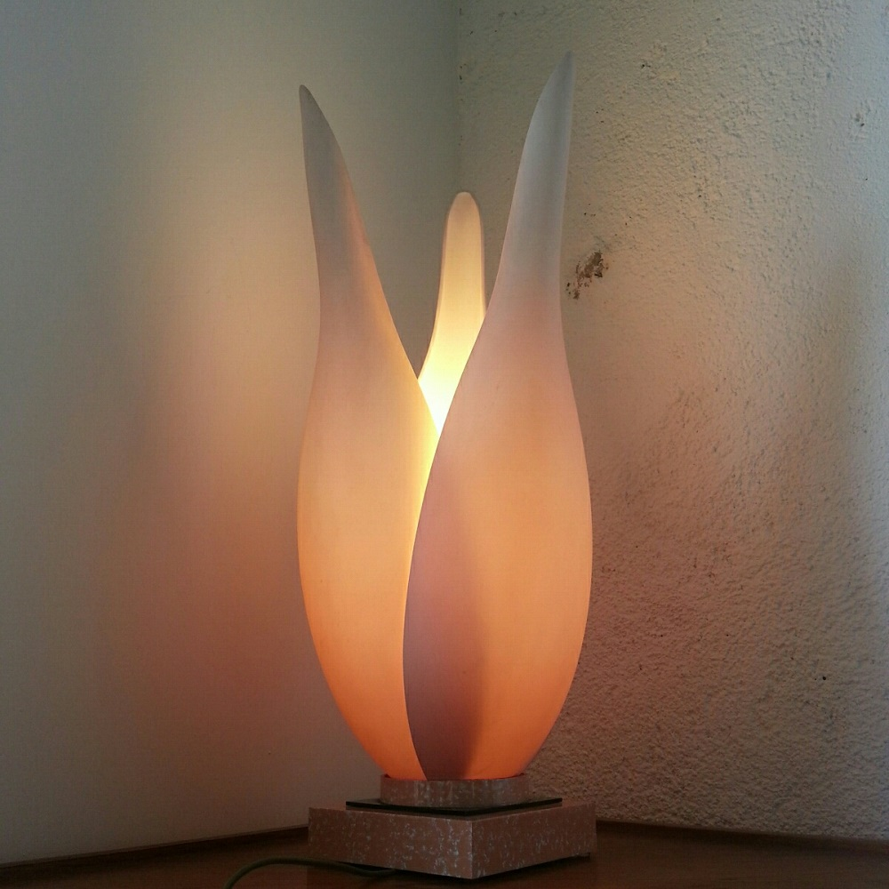 Grande lampe fleur Memphis