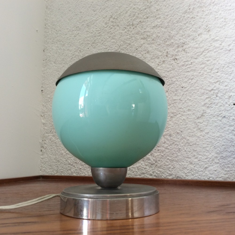 lampe-boule-turquoise-à-chapeau