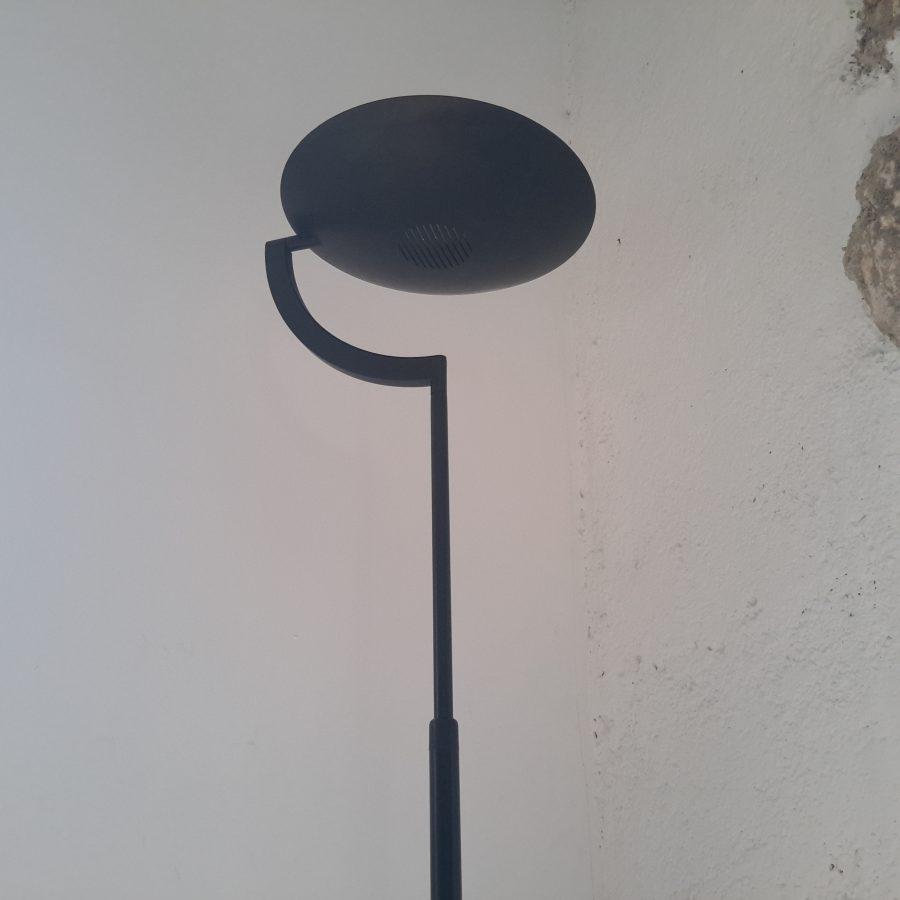 lampadaire-noir-style-memphis
